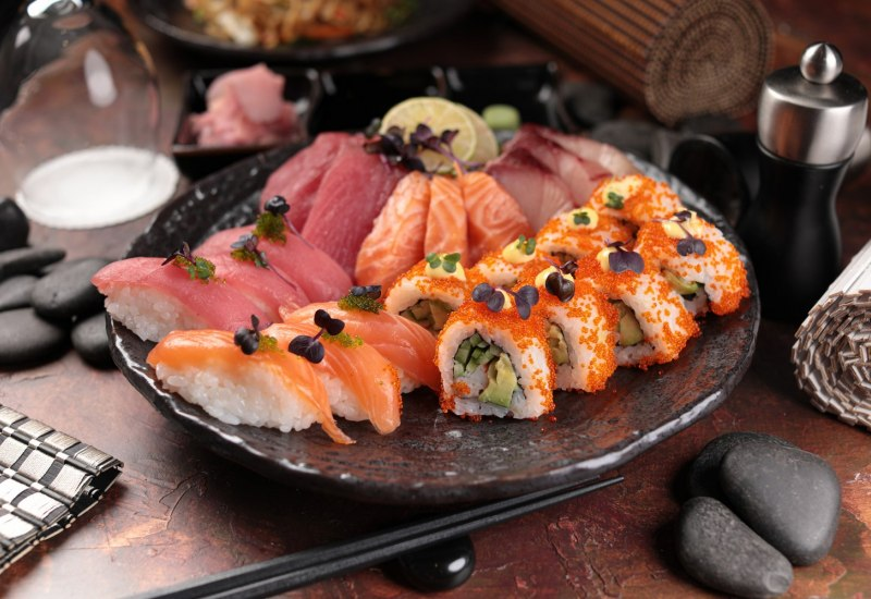 Sushi and Sashimi Combination Pack 2 1